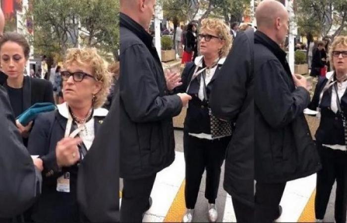 a68f660ee7158 بالصور .. حذاء رئيسة تحرير مجلة شهيرة يسبب لها الإحراج